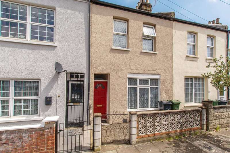3 Bedrooms Terraced House for sale in Edgington Road, Streatham Common, SW16