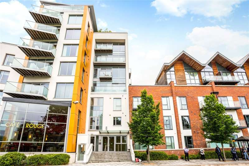 1 Bedroom Flat for sale in Baily, Park Way, Newbury, Berkshire, RG14