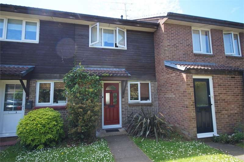 2 Bedrooms Terraced House for sale in Wispington Close, Lower Earley, READING, Berkshire