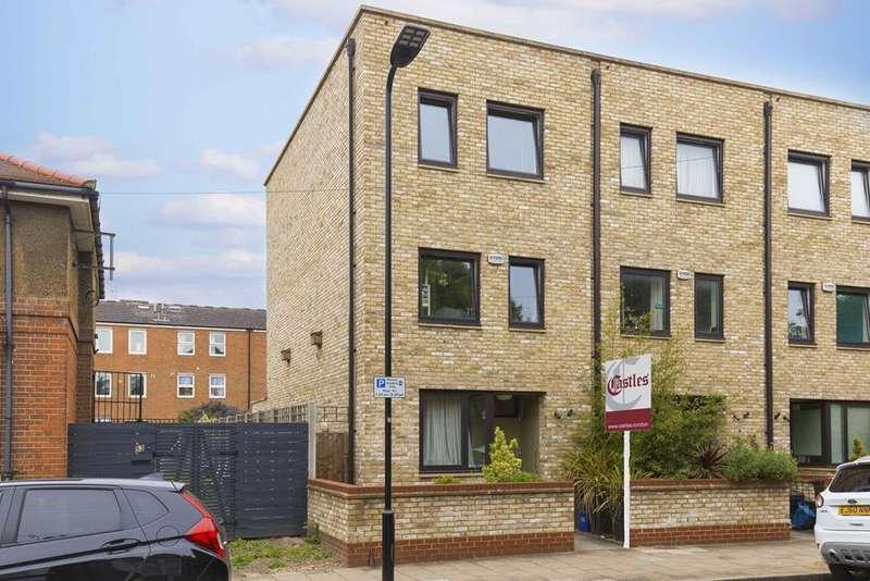 4 Bedrooms Terraced House for sale in Daubeney Road, London, E5
