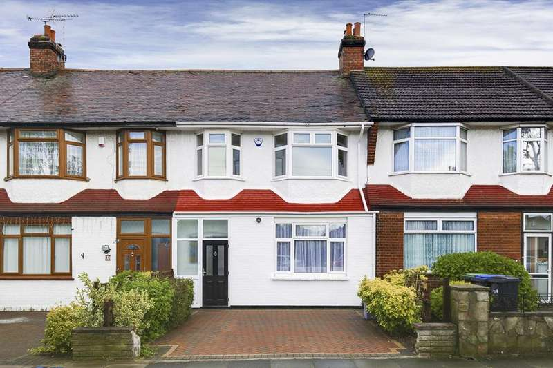 3 Bedrooms Property for sale in Melville Gardens, Palmers Green, London, N13