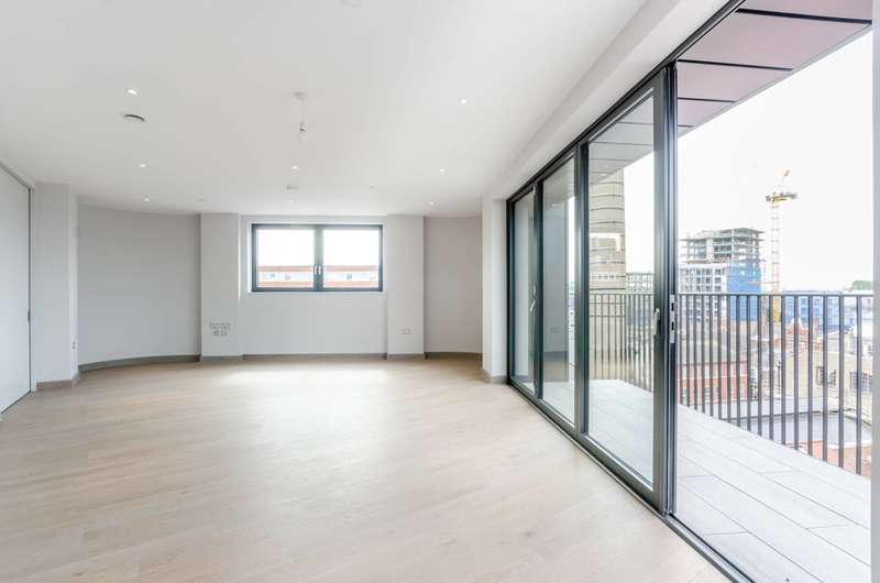 3 Bedrooms Flat for sale in The Ram Quarter, Wandsworth Town, SW18