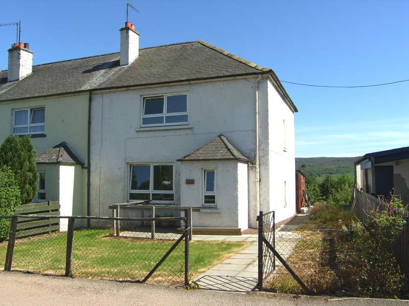 3 Bedrooms Semi Detached House for sale in Cluny Terrace, Kingussie, PH21 1JW