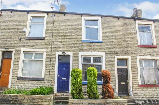 6 Bedrooms Terraced House for sale in Larch Street, Nelson, Lancashire