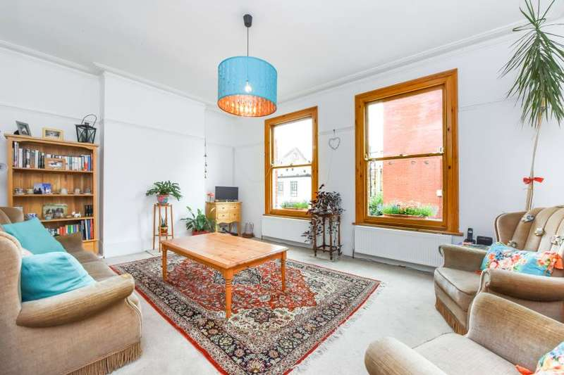 3 Bedrooms Flat for sale in Morrish Road, SW2