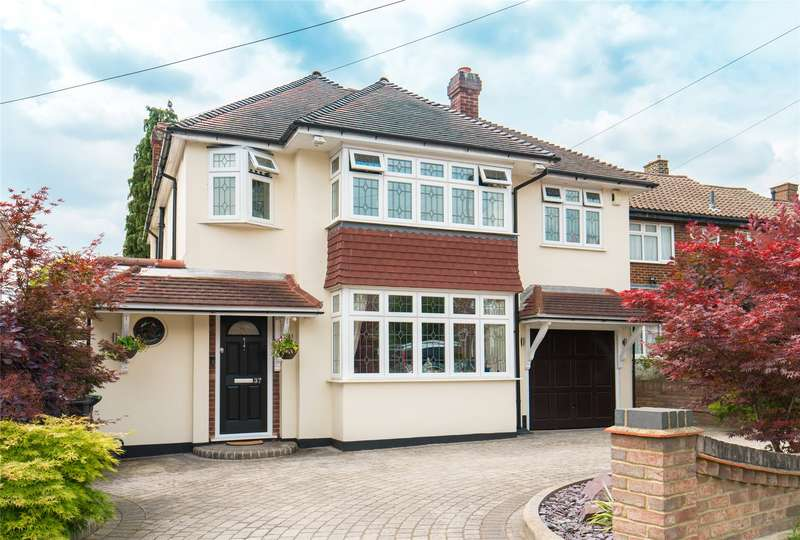 4 Bedrooms Detached House for sale in Chester Road, Chigwell, Essex, IG7