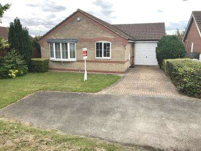2 Bedrooms Bungalow for sale in Sandringham Gardens, Fishtoft, Boston, Lincs