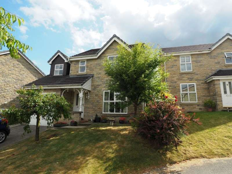 4 Bedrooms Detached House for sale in Carriers Meadow, Chapel-en-le-Frith, High Peak, Derbyshire, SK23 0JT