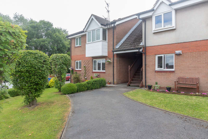 1 Bedroom Flat for sale in Thornley Lane South, Reddish
