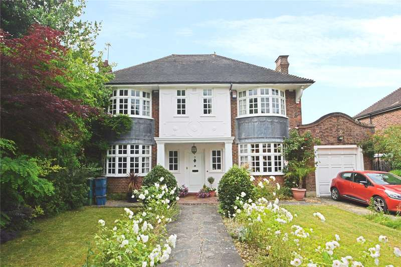 4 Bedrooms Detached House for sale in Upfield, Shirley, Surrey