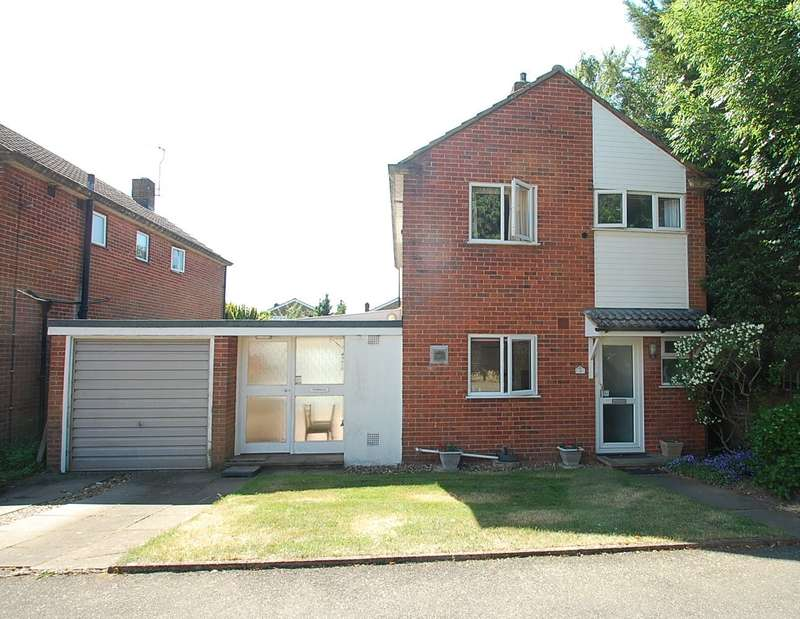 3 Bedrooms Detached House for sale in Copthall Close, Chalfont St Peter, SL9