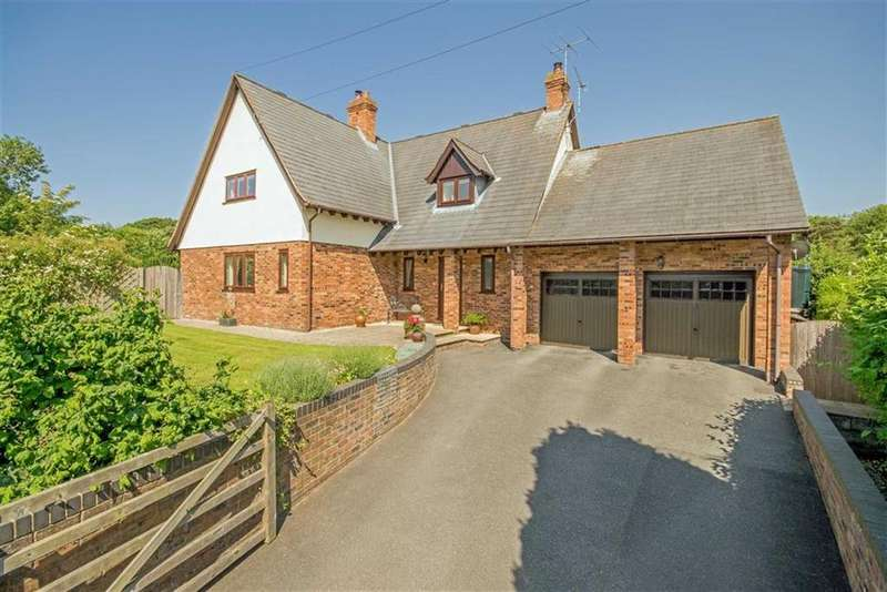 4 Bedrooms Detached House for sale in Ffordd Walwen, Lixwm, Holywell