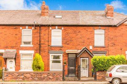 4 Bedrooms Terraced House for sale in Higher Bents Lane, Bredbury, Stockport, Cheshire