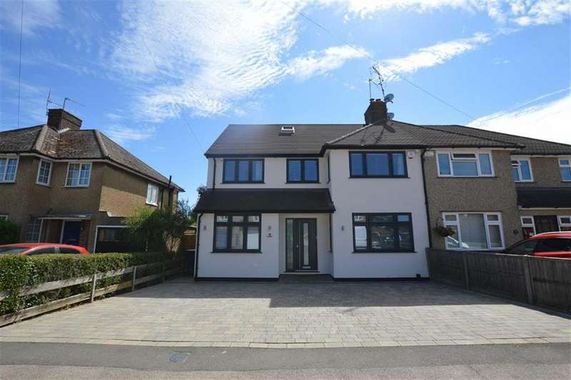 4 Bedrooms Semi Detached House for sale in Repton Way, Croxley Green, Rickmansworth Hertfordshire, WD3
