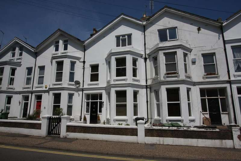 5 Bedrooms Terraced House for sale in The Goffs, Eastbourne BN21