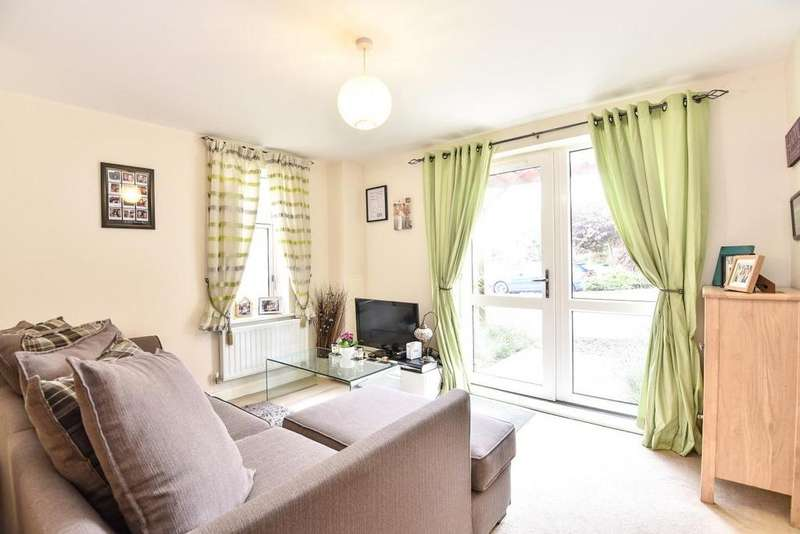 2 Bedrooms Flat for sale in Chalfont Road, South Norwood