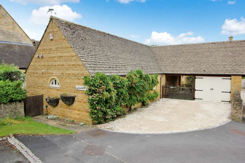 2 Bedrooms Detached Bungalow for sale in The Leasows, Chipping Campden.