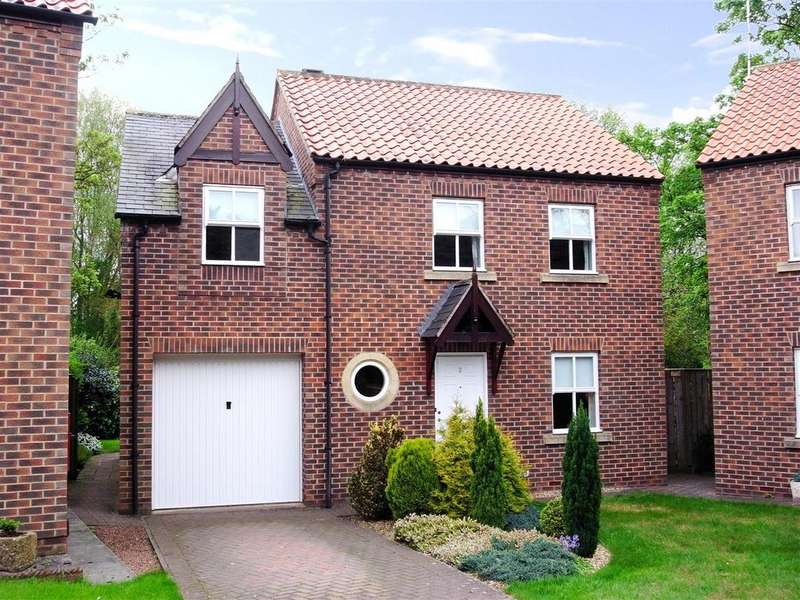 3 Bedrooms Detached House for sale in Hill Garth, Darlington