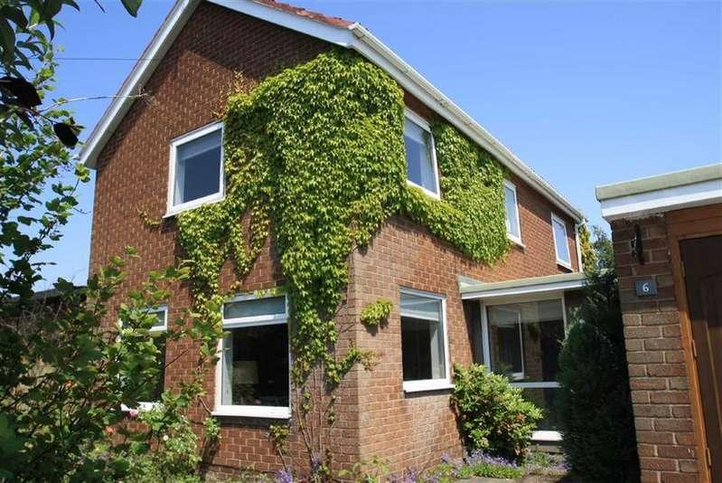 3 Bedrooms Detached House for sale in Arlington Way, Wilmslow