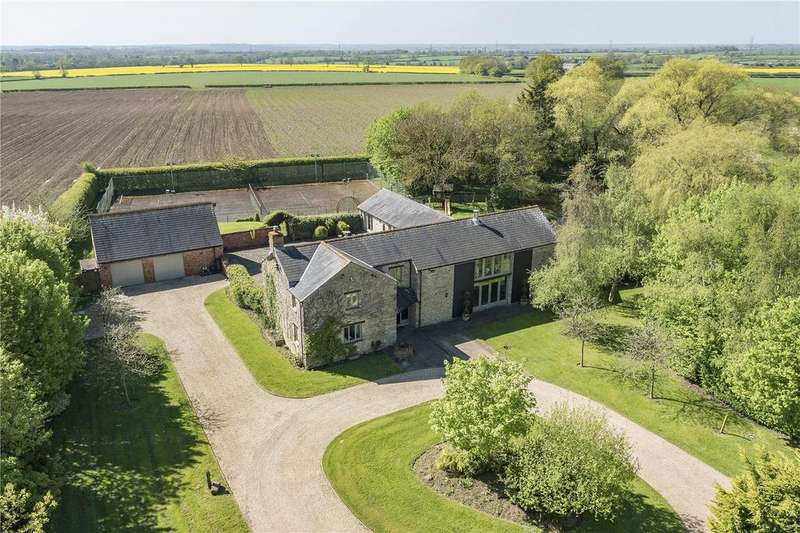 4 Bedrooms Detached House for sale in Eastcote Road, Gayton, Northampton, Northamptonshire, NN7
