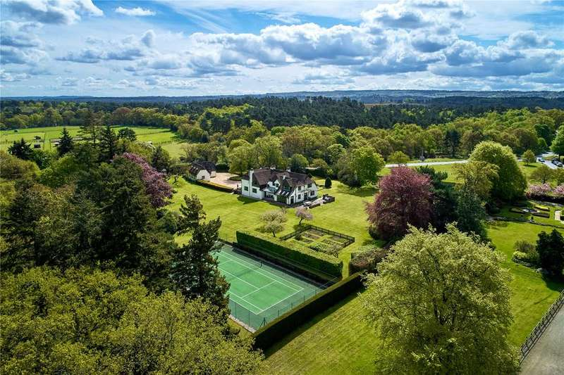 6 Bedrooms Detached House for sale in The Street, Frensham, Farnham, Surrey