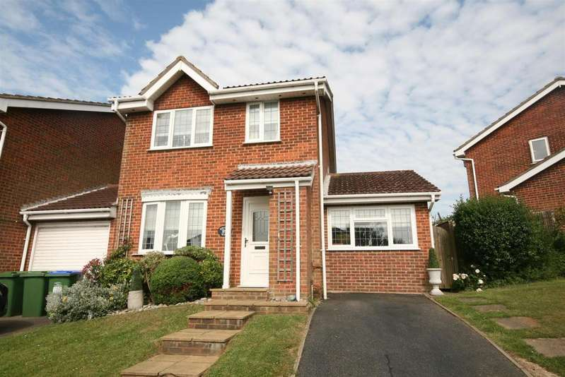 3 Bedrooms Detached House for sale in Bridleway, Telscombe Cliffs, Peacehaven