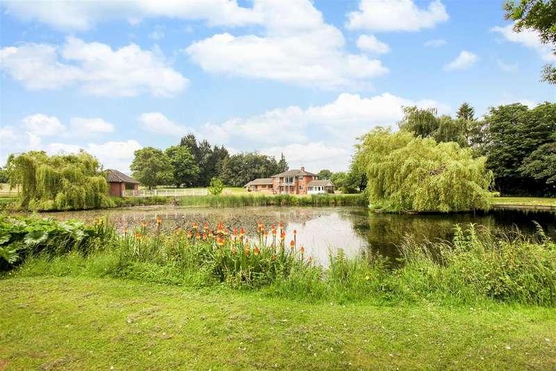 5 Bedrooms Detached House for sale in Valley Lane, Upton St. Leonards, Gloucester