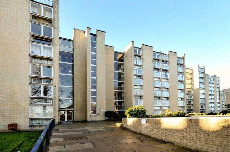 2 Bedrooms Apartment Flat for sale in Durdham Park, Redland