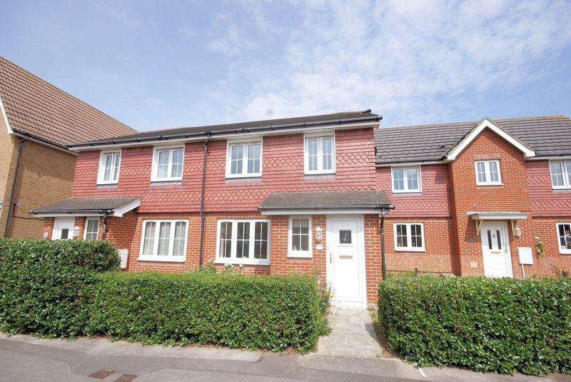 3 Bedrooms House for sale in David Newberry Drive, Lee-On-The-Solent, PO13