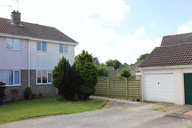 3 Bedrooms Semi Detached House for sale in Penmere Road, St Austell