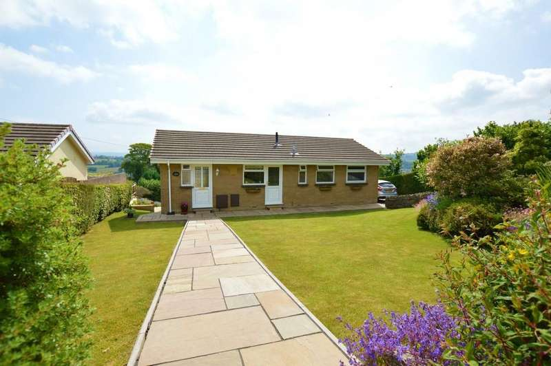 3 Bedrooms Detached Bungalow for sale in One Level Bungalow With Beautiful Valley View, Kestrel View, Hengoed