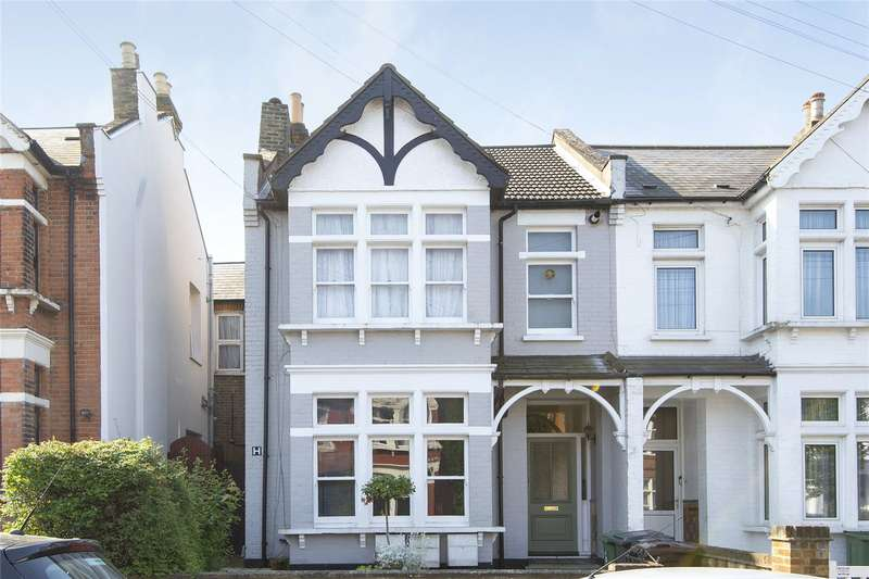 2 Bedrooms Flat for sale in Chadwick Road, London, E11