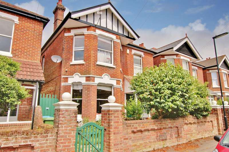 4 Bedrooms Detached House for sale in Upper Shirley, Southampton