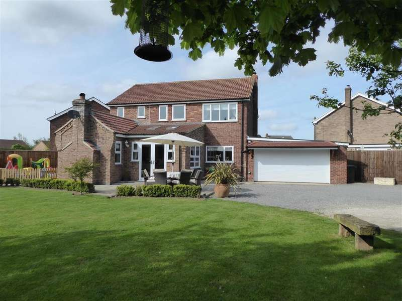 5 Bedrooms Detached House for sale in Whyalla Close, Grainthorpe