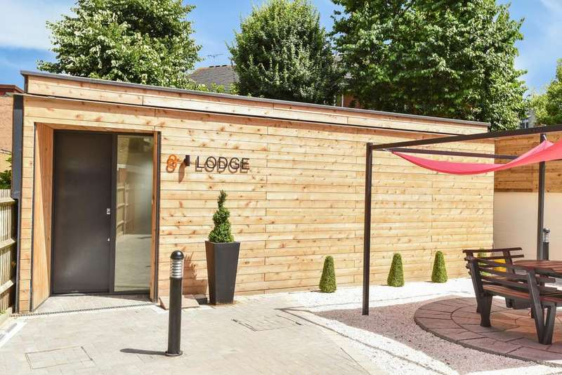 2 Bedrooms Detached House for sale in Grange Road, Bermondsey