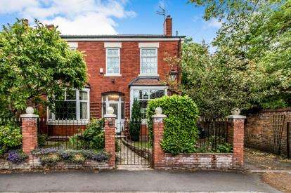 6 Bedrooms Detached House for sale in Park Road, Sale, Trafford, Greater Manchester