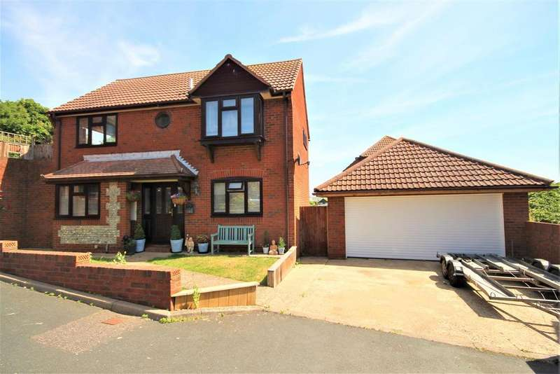 3 Bedrooms Detached House for sale in Court Farm Road, Newhaven