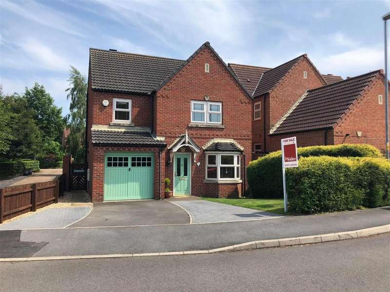 4 Bedrooms Detached House for sale in Wood Farm Close, Nettleton, Market Rasen