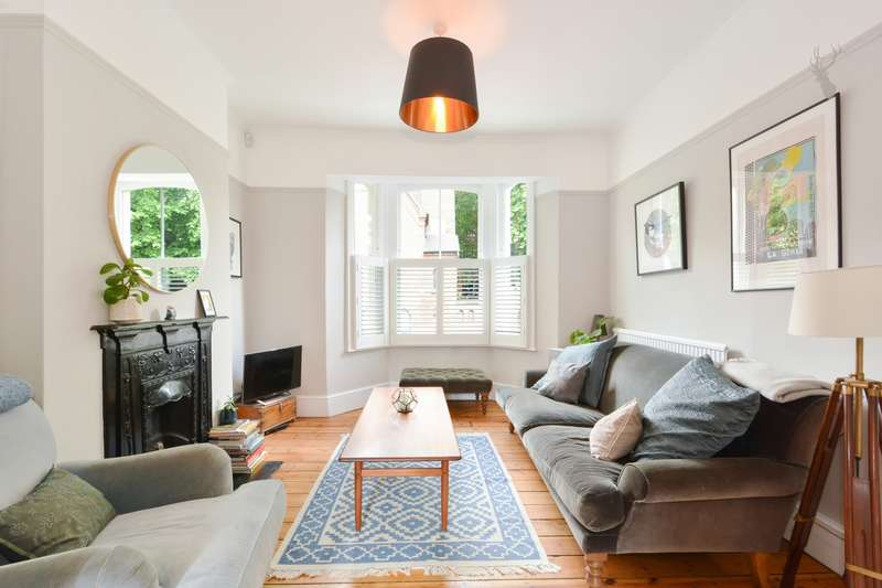 4 Bedrooms House for sale in Fairfield Road, Bow, E3
