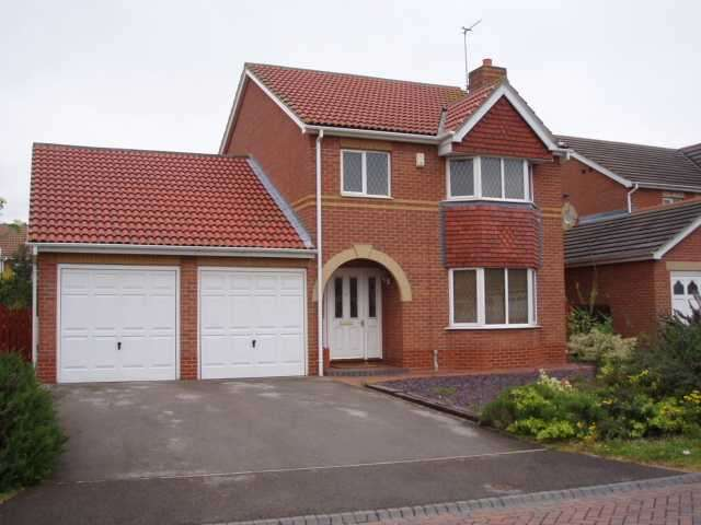 4 Bedrooms Detached House for sale in Spinnaker Close, Victoria Dock, Hull, HU9 1UL
