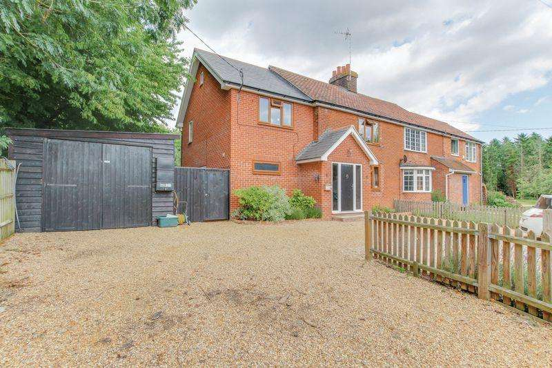 4 Bedrooms House for sale in Bakers Lane, Lexden