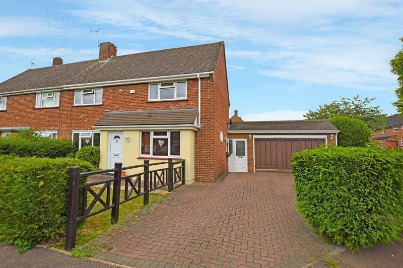 4 Bedrooms Semi Detached House for sale in Eighth Avenue, Luton, LU3 3DW