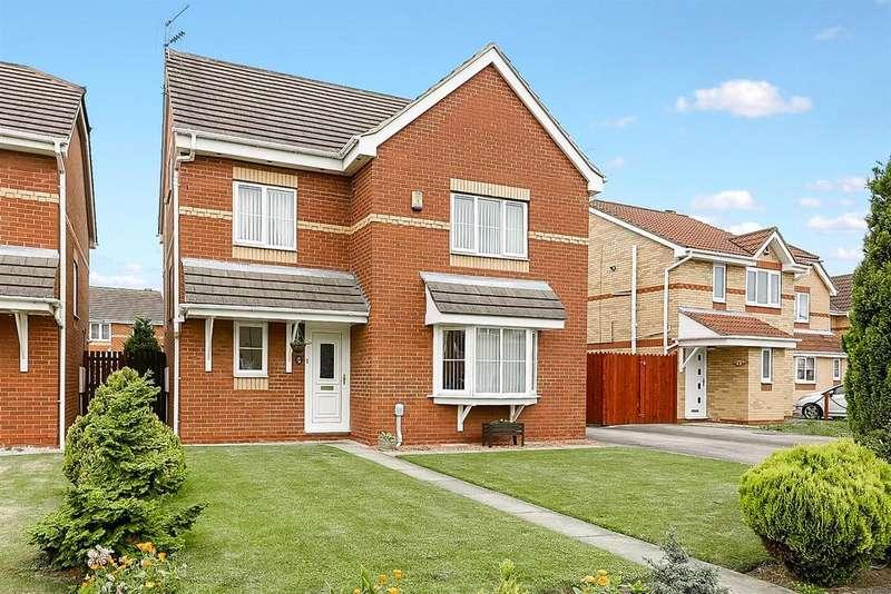 5 Bedrooms Detached House for sale in St. Aidans Way, Hull