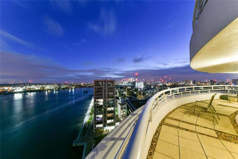 3 Bedrooms Apartment Flat for sale in Barrier Point, Silvertown, E16