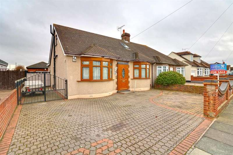 4 Bedrooms Semi Detached Bungalow for sale in Ashley Gardens, North Grays