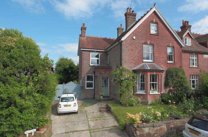5 Bedrooms Semi Detached House for sale in Pilmer Road, Crowborough, East Sussex