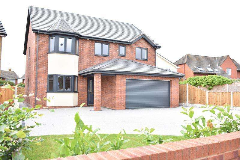 5 Bedrooms Detached House for sale in Rhuddlan Road, Rhyl