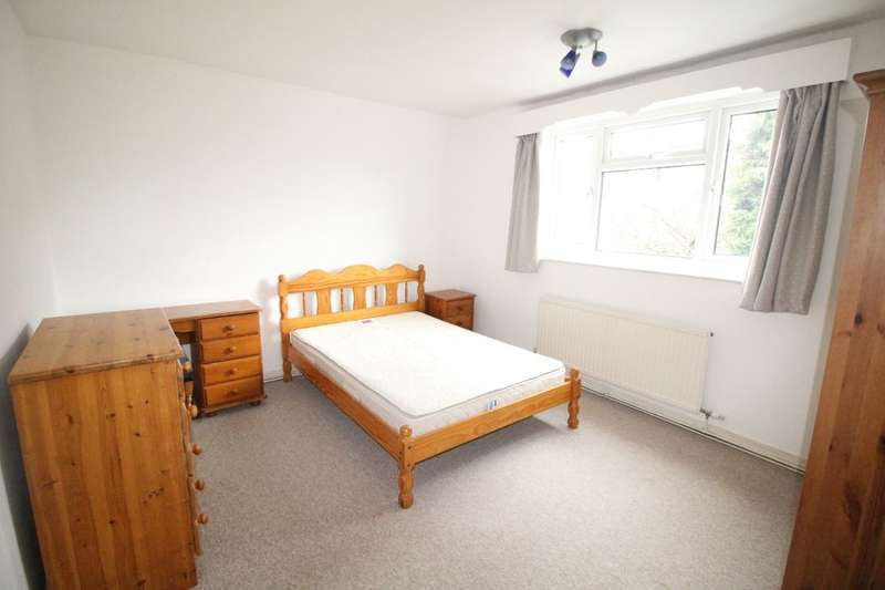 2 Bedrooms Flat for sale in Wilmslow Road, Didsbury , Manchester, M20
