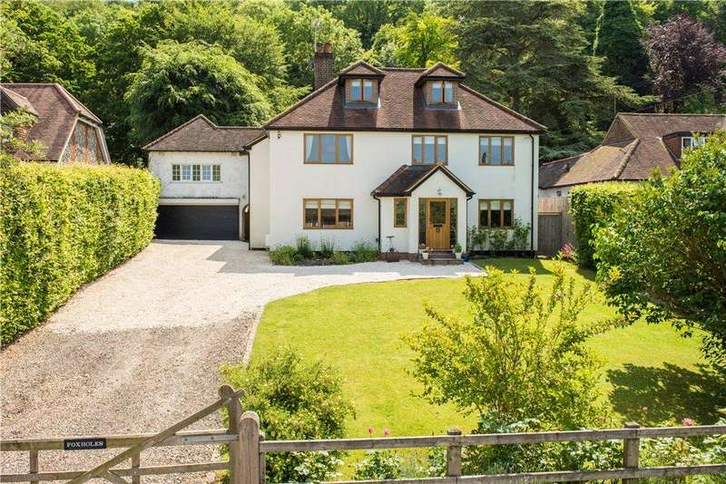 5 Bedrooms Detached House for sale in Westfields, Whiteleaf, Princes Risborough, Buckinghamshire
