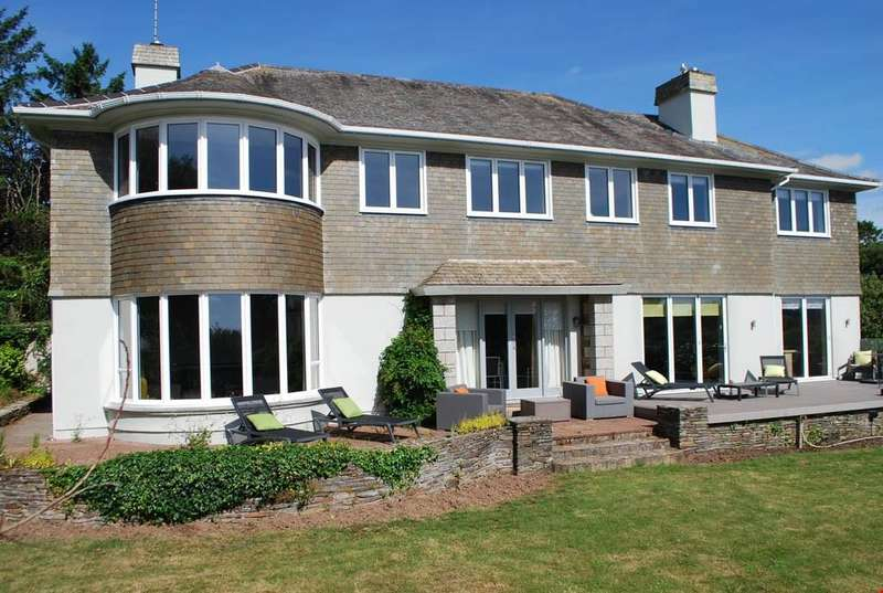 5 Bedrooms Detached House for sale in Falmouth, Cornwall, TR11